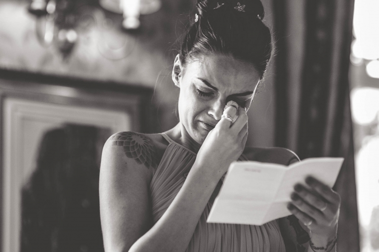 Bridesmaid gets emotional during her speech