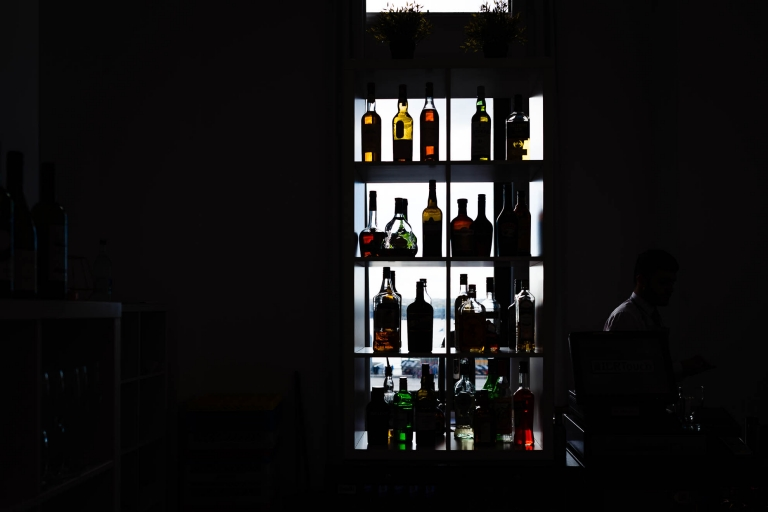 Bottle of alcohol silhouette