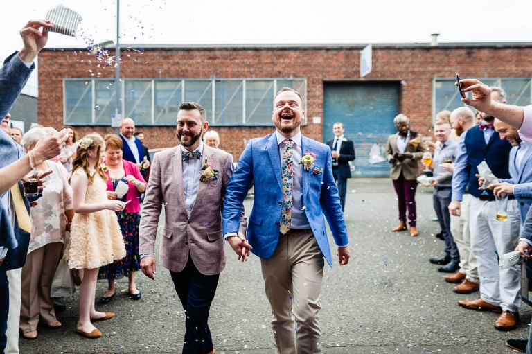 Newlyweds arrive at constellations to shower of confetti